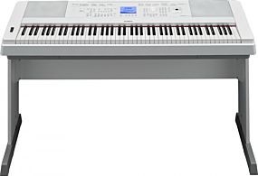 Yamaha DGX-660 Portable Grand Vit Digital Piano